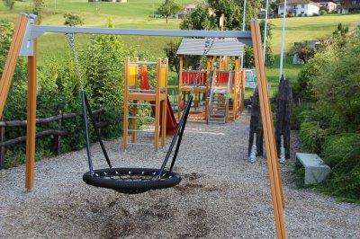 image 24 - Bildungszentrum Spielplatz.JPG